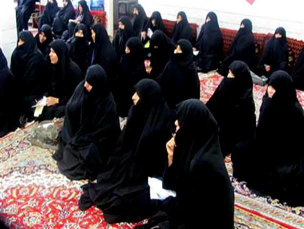نگاهی به جلسات مذهبی زنانه