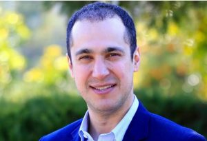 کاوه مدنی استاد دانشگاه و کارشناس اقلیم و محیط زیست