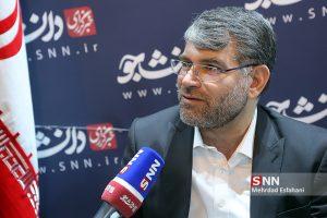 سید جواد ساداتینژاد در گفتوگو با دانشجو