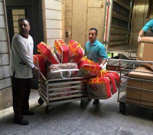 آماده کردن هدایای محب برای سیلزدگان