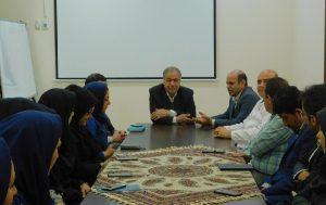 دکتر محمد زارع در نشستی با کارکنان بیمارستان آیتالله یثربی کاشان
