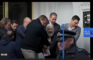 لحظه بازداشت جولیان آسانژ مدیر ویکی لیکس