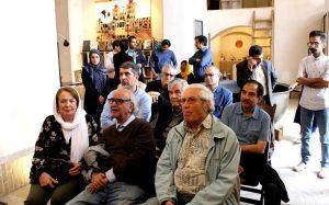 استاد محمدرضا شفیعی کدکنی در کتابخانه ضرابی کاشان