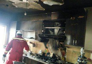 مهار آتشسوزی در منزل مسکونی در مسکن مهر کاشان