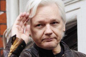 جولیان آسانژ بنیانگذار سایت افشاگر ویکی لیکس به آمریکا مسترد میشود