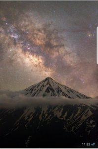 عکس قله دماوند اثر مجید قهرودی که جزء ۱۱ عکس برتر رصدخانه سلطنتی گرینویج انتخاب شد