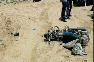 کشته شدن راکب موتور سیکلت در اثر برخورد با وانت در آران و بیدگل