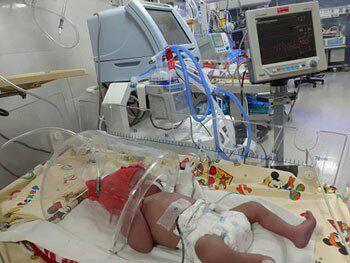مادری که پس از ۹۲ روز کما نوزادش را بدنیا آورد
