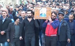 تشییعجنازه پدر شهیدان محمدحسینی طاهری