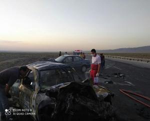 تصادف و آتشیوزی خودرو در بزرگراه امیرکبیر