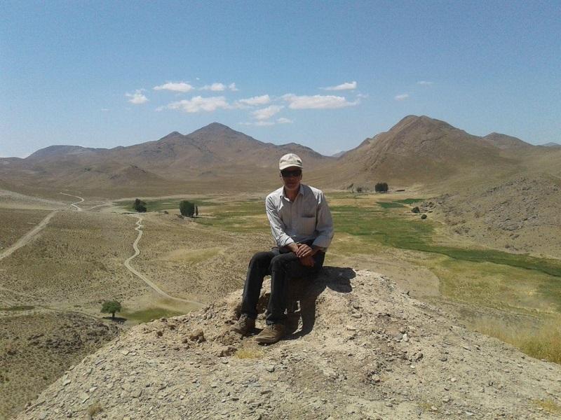 آثار مخروبه قلعه شکاکی