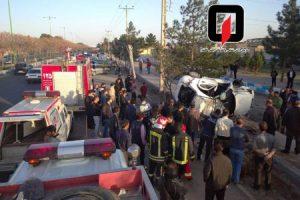 واژگونی خودرو در کاشان ۲ کشته و ۳ زخمی برجا گذاشت